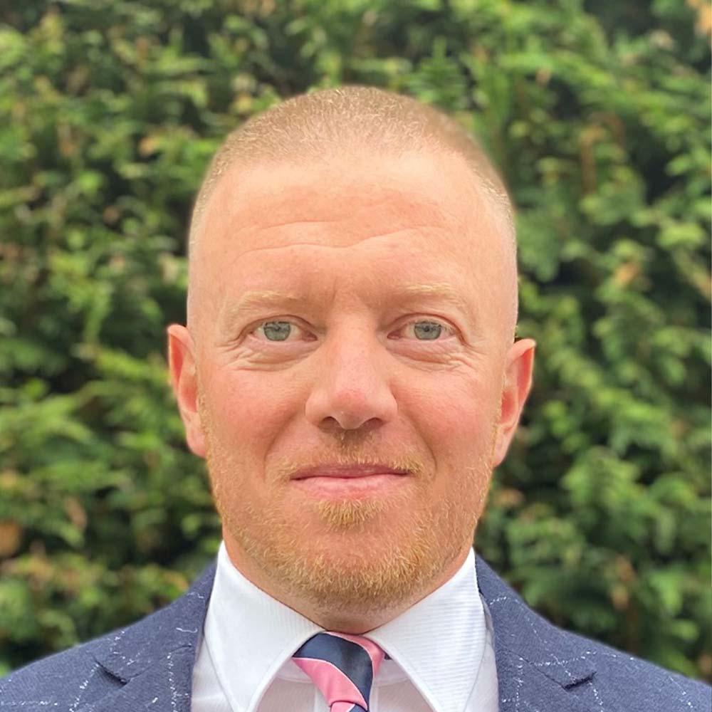 Iain Thomson